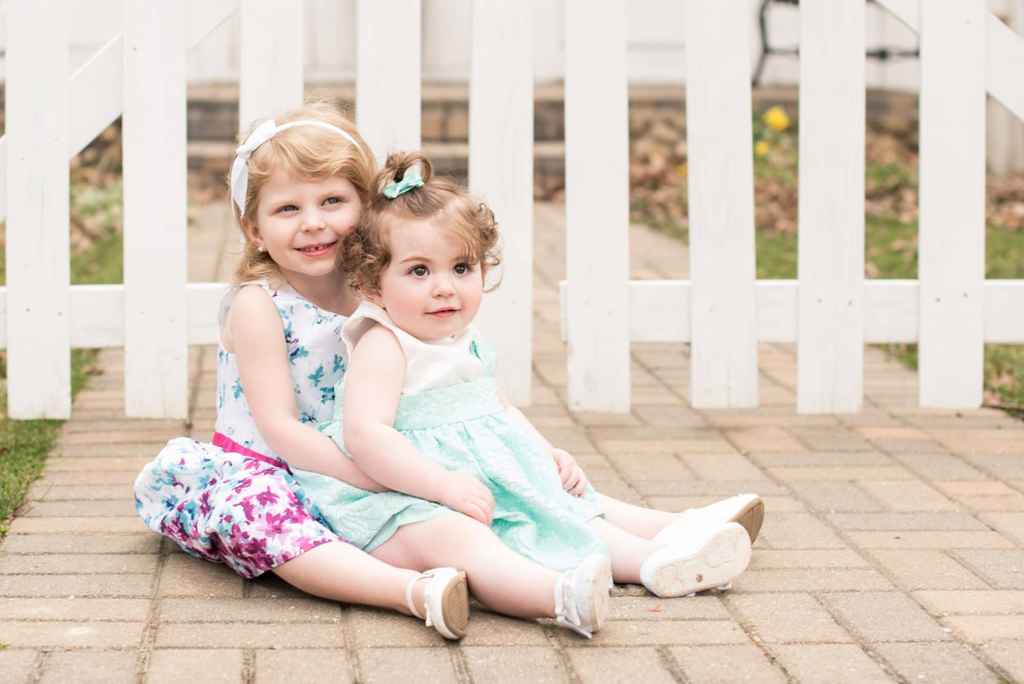 10 TIps for What to Wear for Family Photos | Family Pictures | Luminant Photography | Lafayette, Indiana Family Photographer | Family Photo Tips